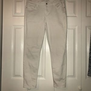 Old Navy Rockstar White Mid Rise Skinny Jeans 12